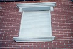 recercado ventana moldurado